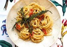 Chilli & Rosemary Hummus Linguine – The Greedy Vegan