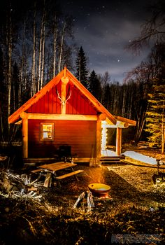 Small Log Cabin for Sale at Horsefly Lake BC, British Columbia, Canada: Gallery