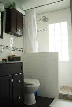 Walk in shower remodel half walls Ideas Bad Inspiration, Bathroom Inspiration, Convert Tub To Shower, Tub To Shower Conversion, Small Shower Remodel, Upstairs Bathrooms, Master Bathroom, Master Shower, Half Walls