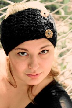 Button up Head Warmer, Crochet Head Wrap, Trendy Head Band. $10.00, via Etsy.