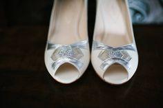 Zapatos de novia colección vintage de #Doriani #DorianiShoes Foto: Lorena San José Estilismo: Rodolfo Mcartney