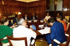 Asaja, COAG y UPA analizan con Tejerina los efectos de la situación política