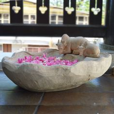 Buy Maadu Uruli online India at Greymode. Unique decorative bowl featuring a cow & its calf. Perfect home decor to decorate pooja room, doorway or an entrance. Indian Home Interior, Indian Home Decor, Home Decor Furniture, Home Decor Items, Sandstone Texture, Decorative Items, Decorative Bowls, Floating Lights, Pooja Rooms