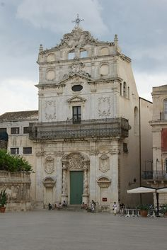 Siracusa, Ortigia, Sicily, Italy - Piazza Duomo: Santa Lucia alla Badia - Explore the World with Travel Nerd Nici, one Country at a Time. http://travelnerdnici.com