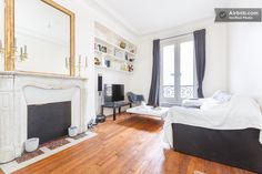 Charming 2 rooms Tour Eiffel Passy in Paris