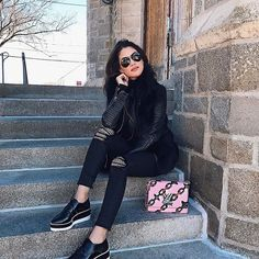 All Black Tuesday! #ootd   Terça de total preto! Com sapato flatform deuso da nova coleção de @carranooficial ❤ #carrano #carranoshoes #look #ilovecarrano