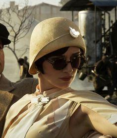 Elizabeth Debicki as Jordan Baker in The Great Gatsby (2013).