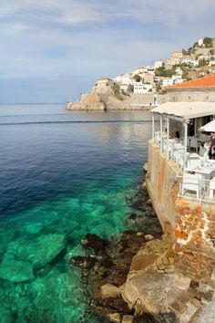 Beautiful Greece! Wish I was there :)