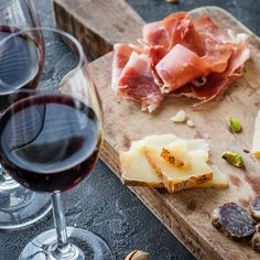 15 Easy Food and Wine Pairings Everyone Should Know