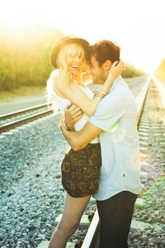 cute engagement. Shannen Norman, Lovisa Photo, railroad engagement session ideas, boho, hipster, adventure, edgy style, sunshine