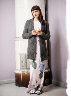 Neulo lämmittävä Onerva-neuletakki - Kotiliesi.fi Diy Design, Knitwear, Knitting Patterns, Sweaters, Fashion, Moda, Knit Patterns, Tricot, Fashion Styles