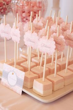 strawberry and cream marshmallows and personalised labels