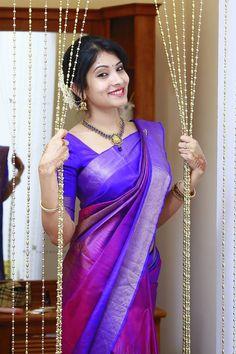 Quotes beautiful bueaty 54 ideas for 2019 Kerala Engagement Dress, Engagement Dress For Bride, Engagement Saree, Pattu Sarees Wedding, Bridal Silk Saree, Kanjivaram Sarees Silk, Kanchipuram Saree, Georgette Sarees, Kurti