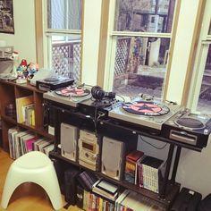 Hideakinakataniさんの、カラーボックス,レコード,レコード収納,レコードラック,レコード棚,本棚,エレファントスツール,ターンテーブル,DJ ブース,DJ BOOTH,DJブース,DJブースのつもり,DJブース的な,のお部屋写真
