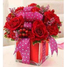 Send beautiful flower arrangements to brighten someone's day! Whether looking for a floral arrangement of roses or mixed flowers, find something perfect! Seasonal Flowers, Red Flowers, Red Roses, Beautiful Flowers, Flowers Garden, Colorful Flowers, Valentine's Day Flower Arrangements, Artificial Flower Arrangements, Deco Floral
