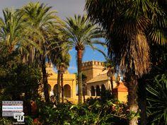 Végre+elérkezett+a+nap,+amiért+több+ezer+kilométert+utaztam!+Granadába+még+el+kell+jutni+az+Alhambrába,+de+ki+tudja,+hogy+a+sevillai+világörökségi+helyszín,+a+Real+Alcázar+vagy+az+előbbi+van+előkelőbb+helyen?!+A+Trónok+harcának+nem+csak+pár+jelenetét,+hanem+az+egész+5.+évad+főbb+jeleneteit+is…
