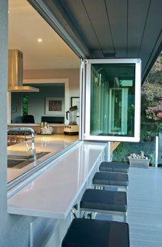 ทำเค้าเตอร์ไว้ตรงหน้าต่างไว้เปลี่ยนบรรยากาศทานอาหารก็ดีนะครับ #counter #inspire #idea #home #design #apinspire
