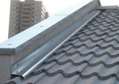 Resultado de imagem para calha para telhado