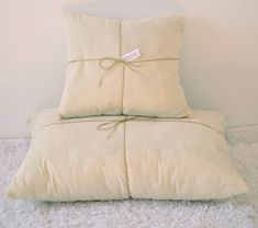 Wool Filled Pillow / 100% unbleached cotton zippered case and pure wool filling/10x16 12x16 12x18 12x20 12x22 12x24 16x16 16x20 20x30 20x36