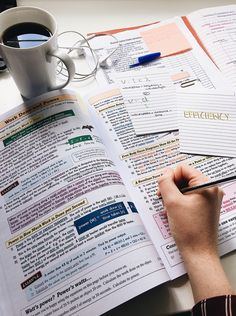 a level studyblr School Organization Notes, Study Organization, University Organization, Organizing, College Notes, School Notes, College Tips, Revision Guides, Budget Planer