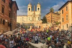 This crowd you see sitting on the Spanish Steps Rome Italy is from before they banned sitting there. But the ban on sitting does not mean the Spanish Steps are closed. Rome Attractions, Tourist Trap, Rare Pictures, Best Places To Eat, Rome Italy, Vatican, Where To Go, The Good Place, The Neighbourhood