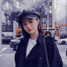 Yiren Sheva Elmira based on wattpad stories by lembar-putih South Korean Girls, Korean Girl Groups, Rapper, Fandom, Forever, My Princess, Ulzzang Girl, New Girl, K Idols