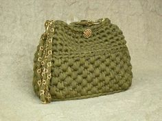 love this crochet purse but is that roving? or what?
