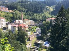 Looking for a nice Sunday trip? Explore along the waterfall trails in Bad Gastein :) Bad Gastein, Waterfall Trail, Sunday, Explore, Nice, Blog, Why Read, Hiking, Domingo