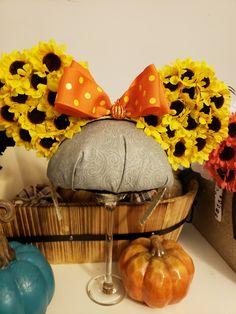 Sun flower ears ready for a festive fall day at Disney . Disney Halloween Ears, Disney Ears, Autumn Day, Fall, Festive, Etsy Seller, Sun, Create, Flowers