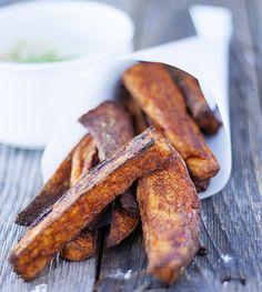 spicy baked sweet potato fries with avocado cream