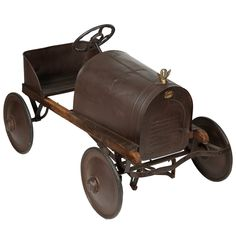 1stdibs.com | Antique Toy Pedal Car from 1915