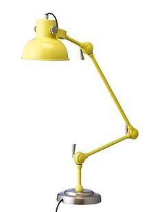 Tischlampe Knallig: Super Arbeitsleuchte in gelb, von Bloomingville (Incl. Elektrik, ohne Leuchtmittel). Die Arbeitsleuchte lässt sich individuell einstellen