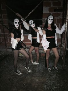 Easy DIY Halloween Costumes for Women to Make - The Purge purge halloween costumes for women with white masks