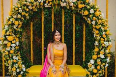 Wedding Stage Design, Desi Wedding Decor, Wedding Mandap, Wedding Stage Decorations, Indian Wedding Stage, Mehndi Stage Decor, Mehendi Decor Ideas, Traditional Wedding Decor, Haldi Ceremony
