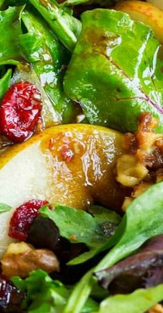 Pear Salad (with Balsamic Vinaigrette) - Cooking Classy Salad Bar, Soup And Salad, Fall Recipes, Healthy Recipes, Holiday Recipes, Healthy Food, Salad Dressing Recipes, Salad Dressings, Kos