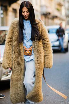 #streetstyle of Gilda Ambrosio || #lyoness | Sho now: https://www.lyoness.com/branche/clothing