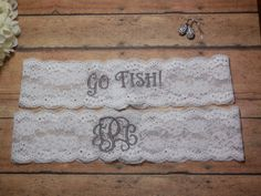 This is a garter set. One to toss on your special day and one to keep and remember the day. The keepsake garter has your new wedding initials monogrammed in a sliver/gray thread, but the thread color can be changed, if you wish, The toss garter has, Go fish!, embroidered in the same gray thread, but the color can be changed also. Please send me a convo and let me know of any changes that are needed, otherwise it will be made as pictured. This would be great for the avid fishermen out there…