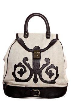 Декор сумок из кожи и фактуры