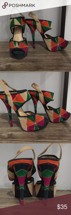 Size 8 sheik Aztec colorful peep toe heal Size 8 Platform front  Great condition sheik Shoes Heels