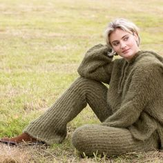 17 SIMPLY SOFT COLLECTION | Camilla Pihl Strikk Camilla, Garnet, Pullover, Knitting, Sweaters, Collection, Design, Diy, Fashion