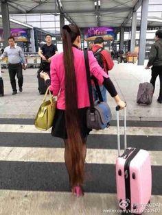 Floor length long ponytail, wow!