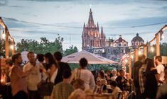 #MEXICO #SWD #GREEN2STAY San Miguel de Allende Food Fest 2016, the town's biggest annual festival, July 15-17 The San Miguel Food Festival is one of the biggest and most anticipated annual culinary events in Mexico, and this year the gala gourmet gathering will get underway on Thursday, July 14, with a 'Kick-Off Dinner' at Hotel Matilda's Moxi restaurant featuring two of the country's top chefs.