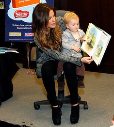 Kate Beckinsale reads.