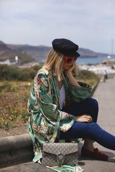 Kimono Floral! Hoy todos los detalles de este look en el blog. http://www.myshowroomblog.es/looks/fin-de-semana/kimono-floral/