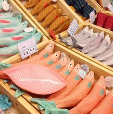 Gdzieś w głebokim oceanie... Fabric Fish, Felt Fabric, Felt Crafts, Diy And Crafts, Don Fisher, Softies, Sewing Crafts, Sewing Projects, Tilda Toy