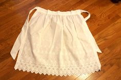 Vintage Apron White Broderie Anglais Eyelet by RagzandRelics
