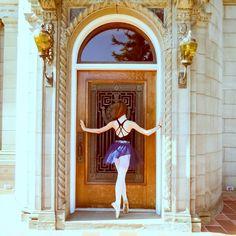 #dancer #pointeshoes #pointe #dance #youngballerina #youngdancer  #photosbymom #caughtonpointe #instaballet #instadance #ballerinaproject_ #ballerinaproject #ballet #ballerina #balletdancer #balletdancers  #ballerina #beautiful #portland #oregon #portlanddance  #bridgecity #PDX #arabesque #dancephotography  #followforfollow #pittockmansion #balletarches #beautifulback #leotard #dancewearsolutions by operasara