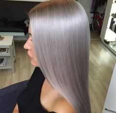 wellaeducationHere is the formula from the stylist! I have use Koleston Perfect Special Blonde!12/0_20g+12/81_20g+12/89_20g Natural hair was level 7 After that I have washed the hair and I used Smokey Amethyst 40g+Ocean Storm 10g+Muted Mauve 10g+ 1,9% 1+1. Applied on dry hair,I have colored first the roots and immediately after that the lengths. #wellahair #wellalife