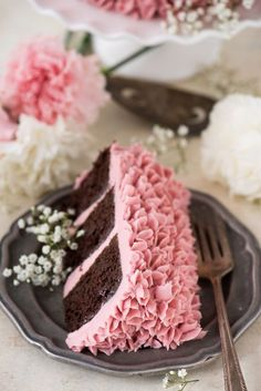 Made from scratch raspberry chocolate cake! Features 3 layers of classic chocolate cake with a raspberry jam buttercream. Chocolate Rasberry Cake, Raspberry Buttercream Frosting, Raspberry Cake, Cake Recipes From Scratch, Best Cake Recipes, Sweet Recipes, Food Cakes, Cupcake Cakes, Cupcakes