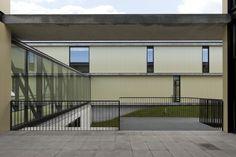 Nossa Senhora Da Conceição School  / Pitagoras Arquitectos